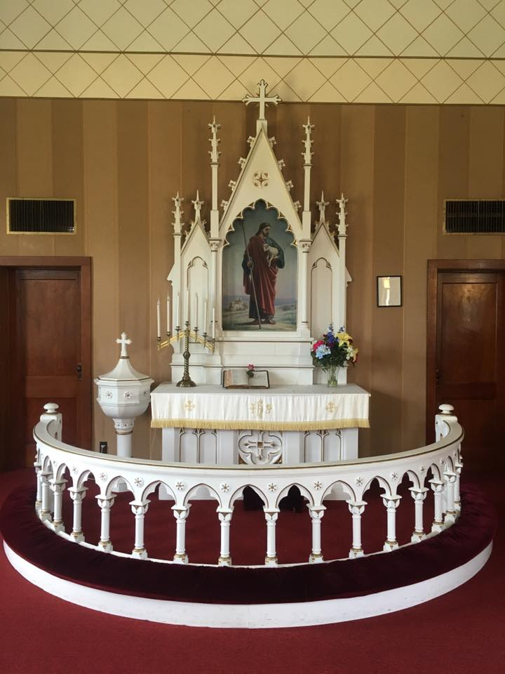 Facebook altar